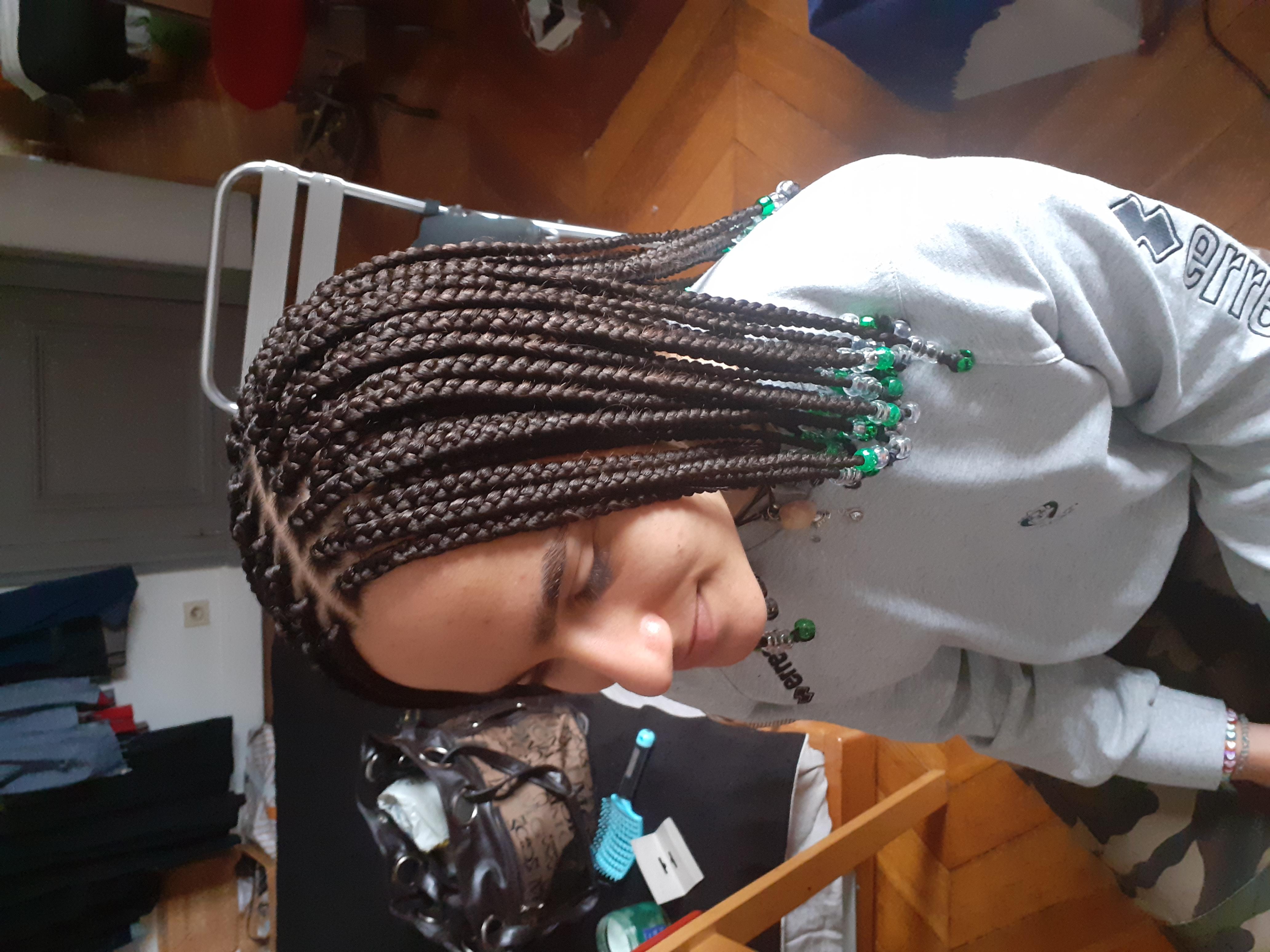 salon de coiffure afro tresse tresses box braids crochet braids vanilles tissages paris 75 77 78 91 92 93 94 95 GVGOPRDG