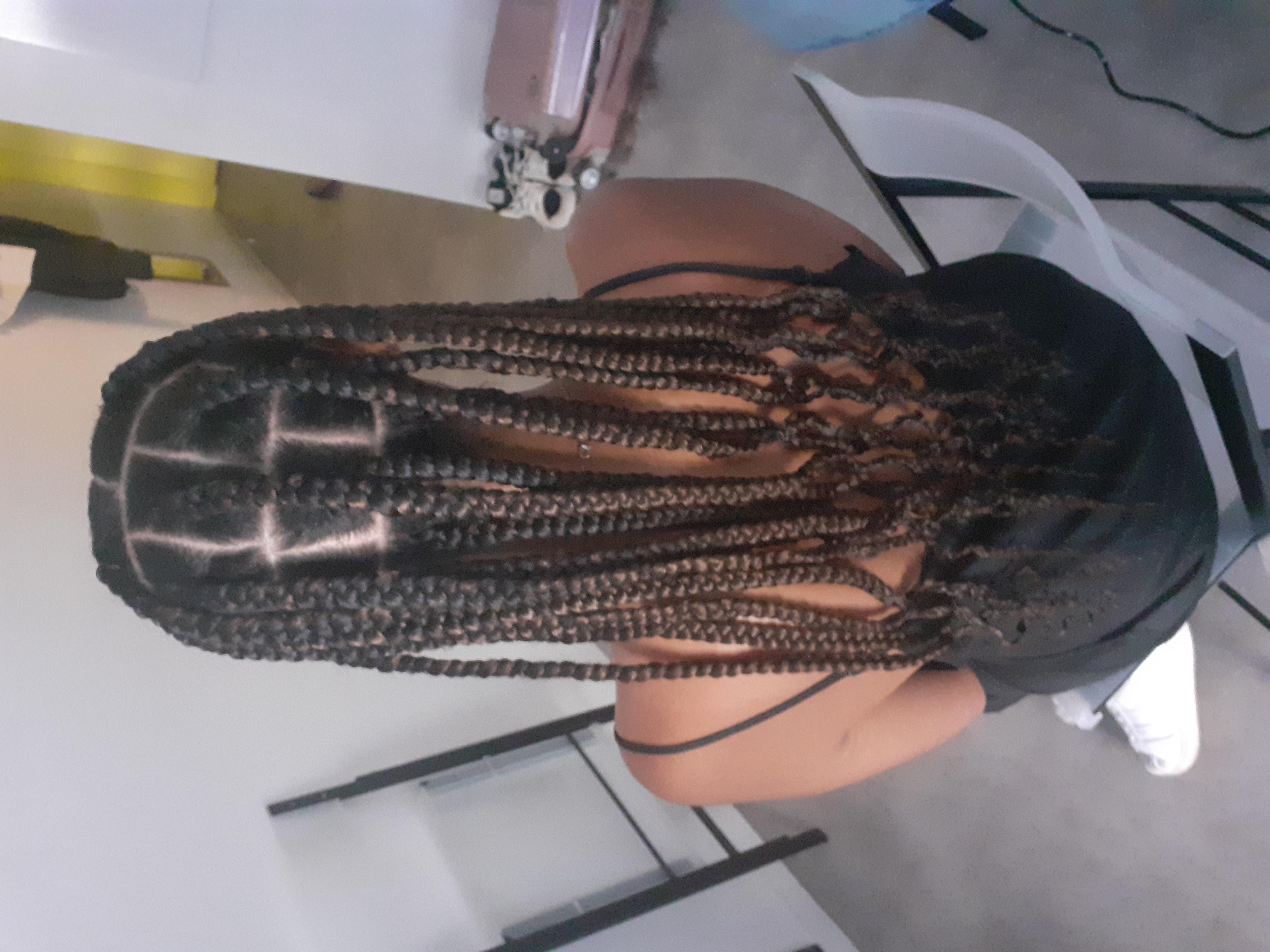 salon de coiffure afro tresse tresses box braids crochet braids vanilles tissages paris 75 77 78 91 92 93 94 95 FSHLAVYC