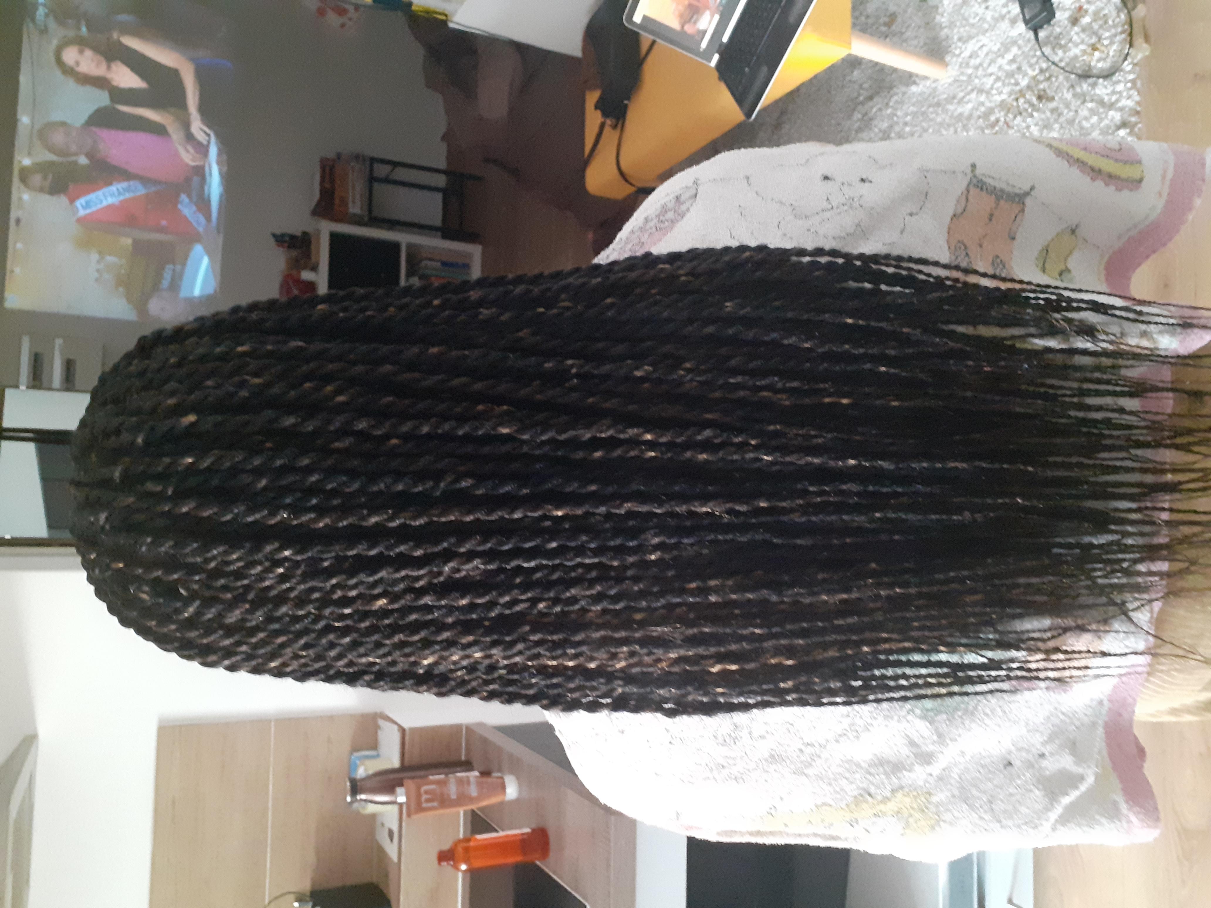 salon de coiffure afro tresse tresses box braids crochet braids vanilles tissages paris 75 77 78 91 92 93 94 95 YROASFND