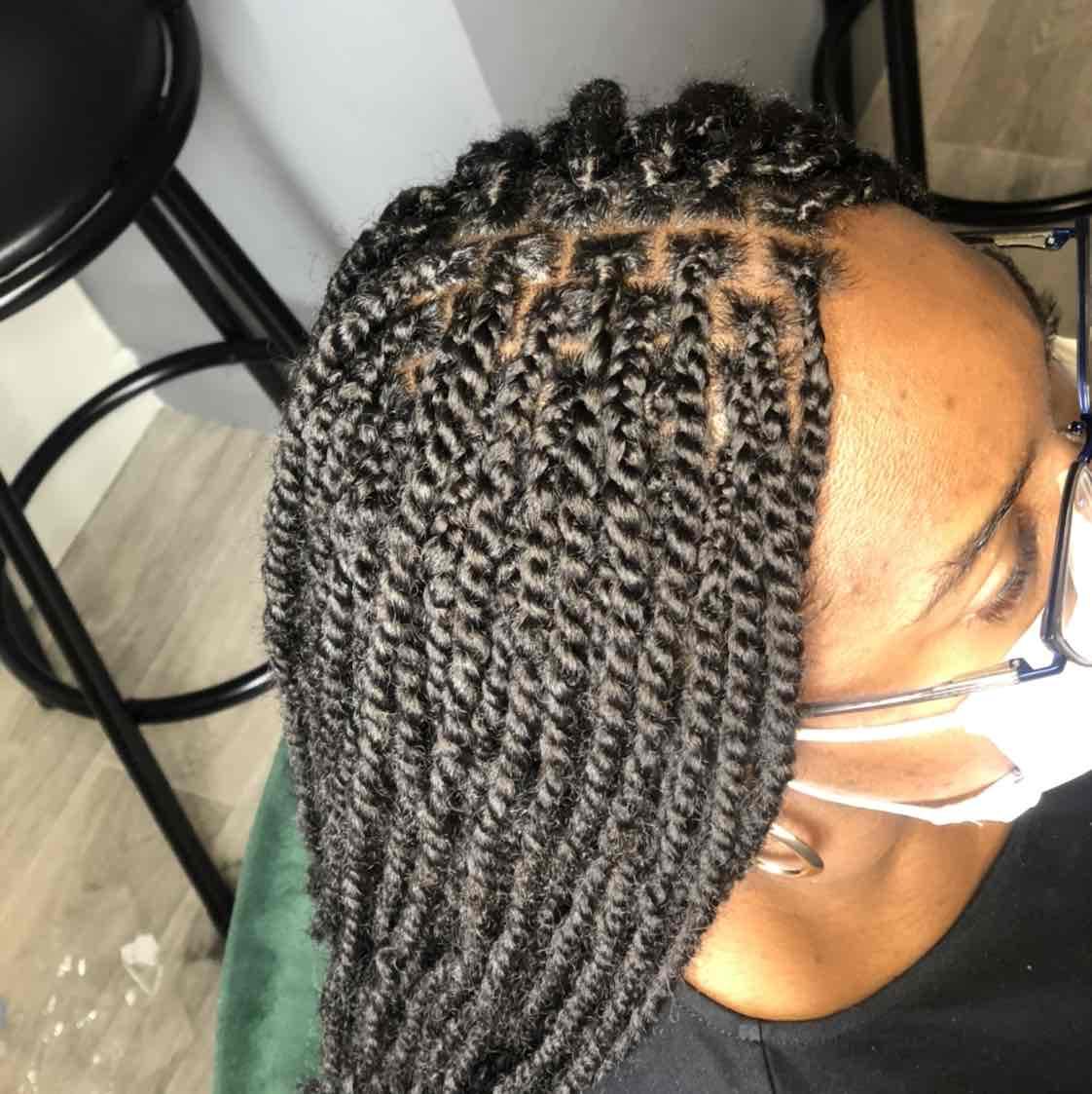 salon de coiffure afro tresse tresses box braids crochet braids vanilles tissages paris 75 77 78 91 92 93 94 95 CDRSHRHA