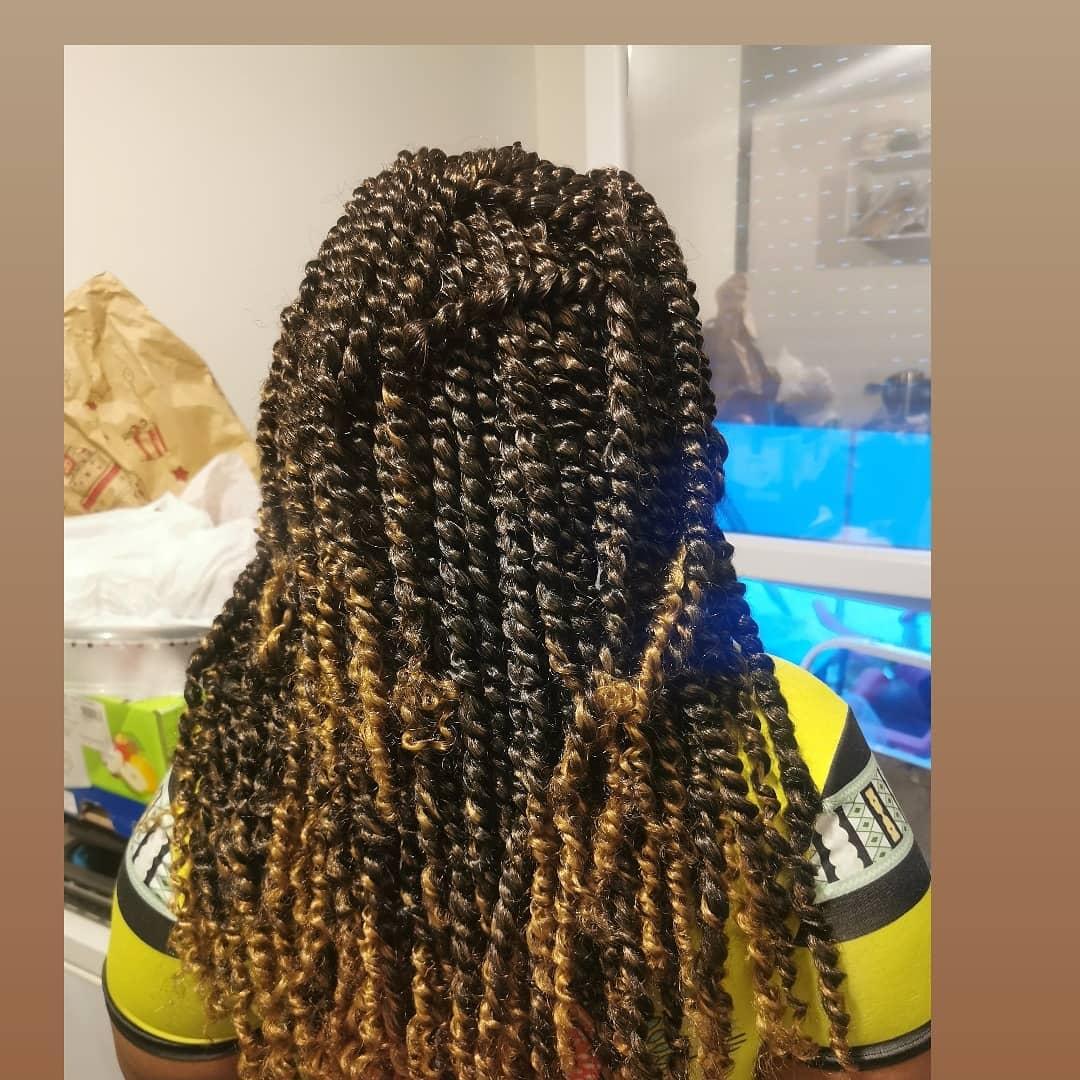 salon de coiffure afro tresse tresses box braids crochet braids vanilles tissages paris 75 77 78 91 92 93 94 95 DMPDLVWO