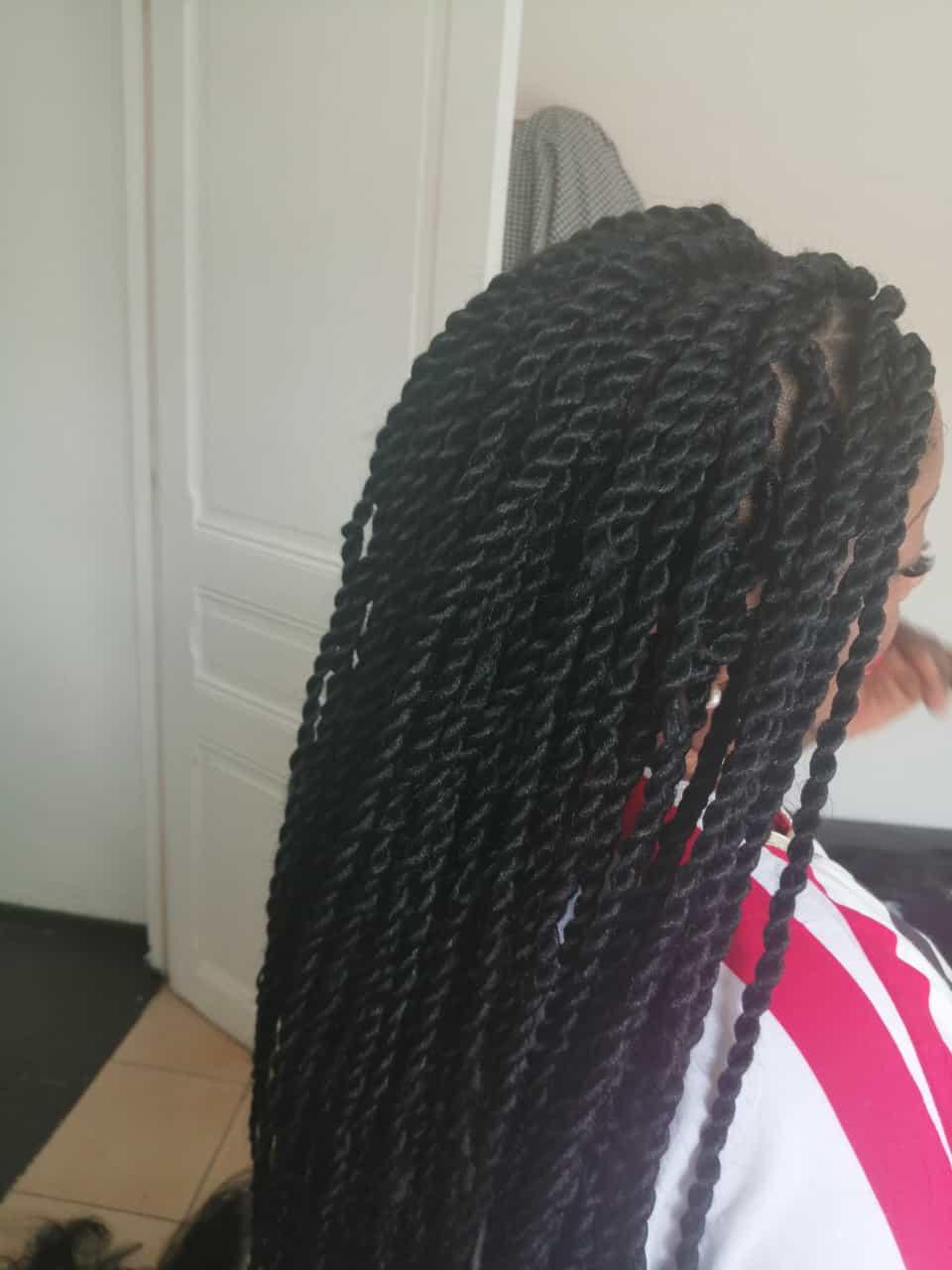 salon de coiffure afro tresse tresses box braids crochet braids vanilles tissages paris 75 77 78 91 92 93 94 95 XOOBKMLO