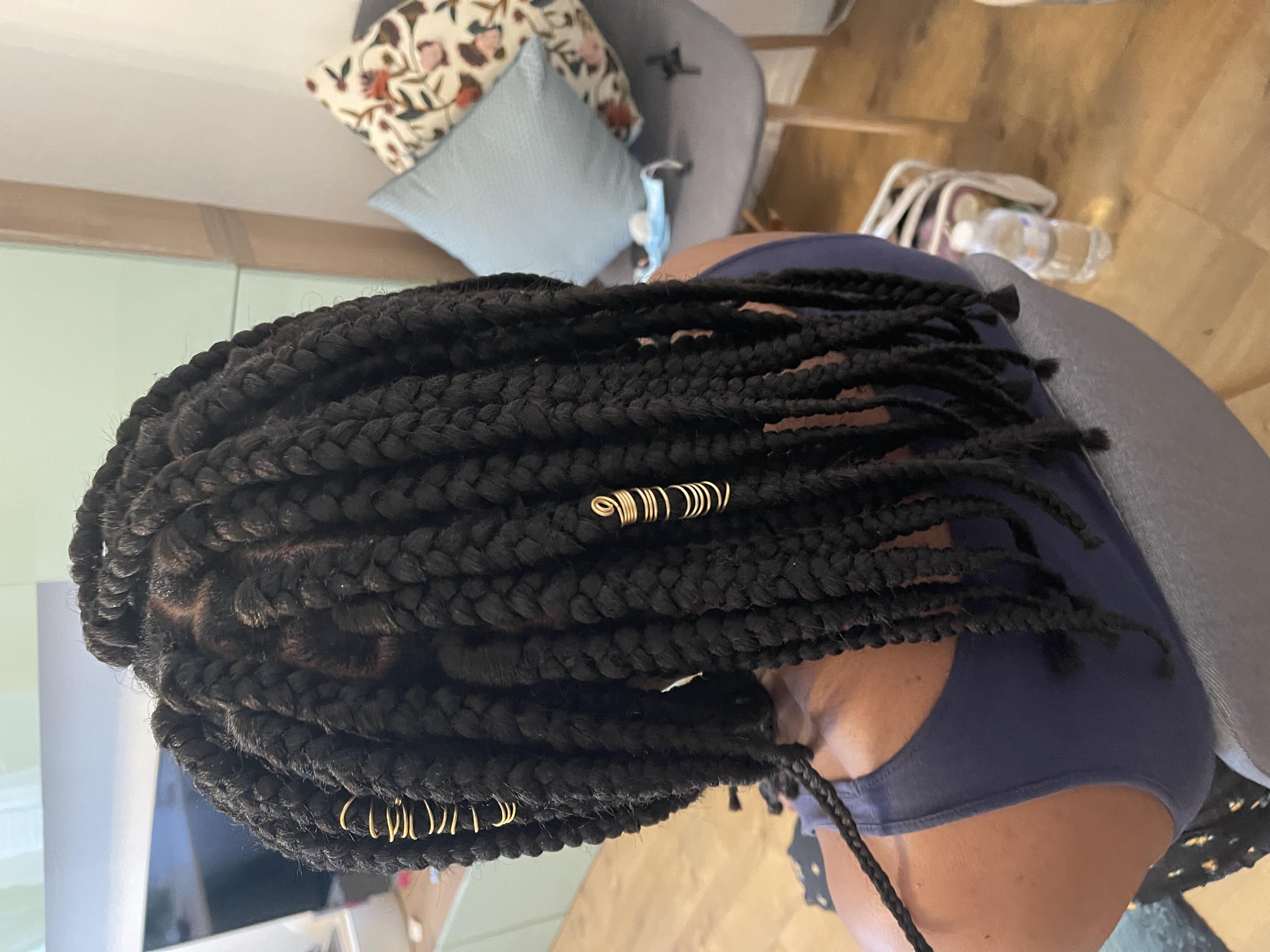 salon de coiffure afro tresse tresses box braids crochet braids vanilles tissages paris 75 77 78 91 92 93 94 95 LOBZCVIB