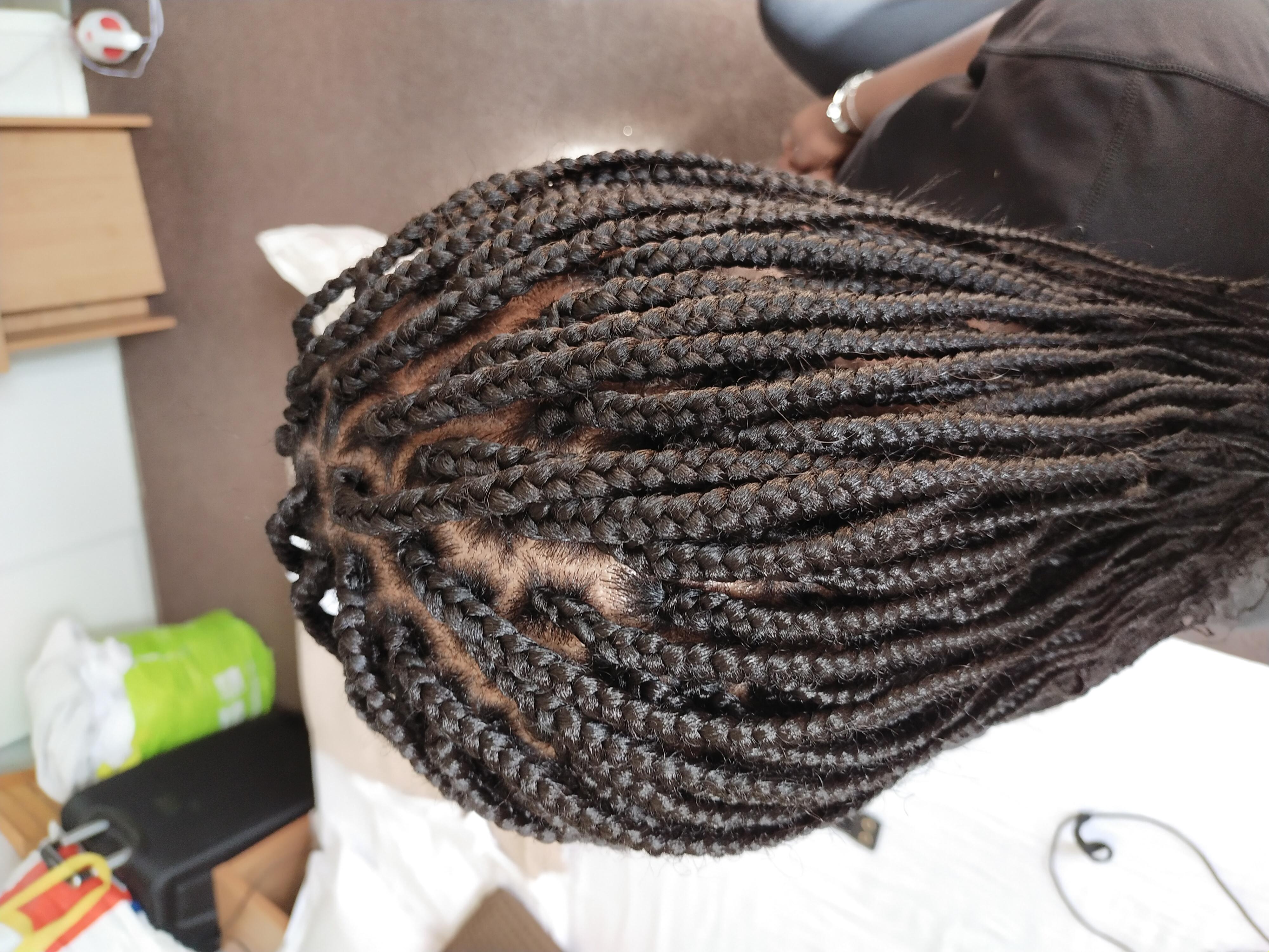 salon de coiffure afro tresse tresses box braids crochet braids vanilles tissages paris 75 77 78 91 92 93 94 95 BGDJMGSX