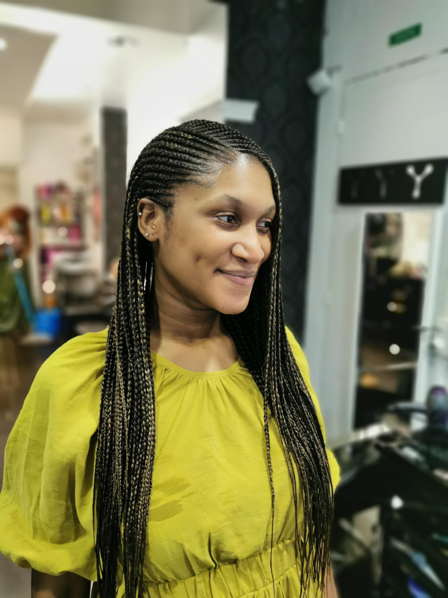 salon de coiffure afro tresse tresses box braids crochet braids vanilles tissages paris 75 77 78 91 92 93 94 95 EKEQHMBY