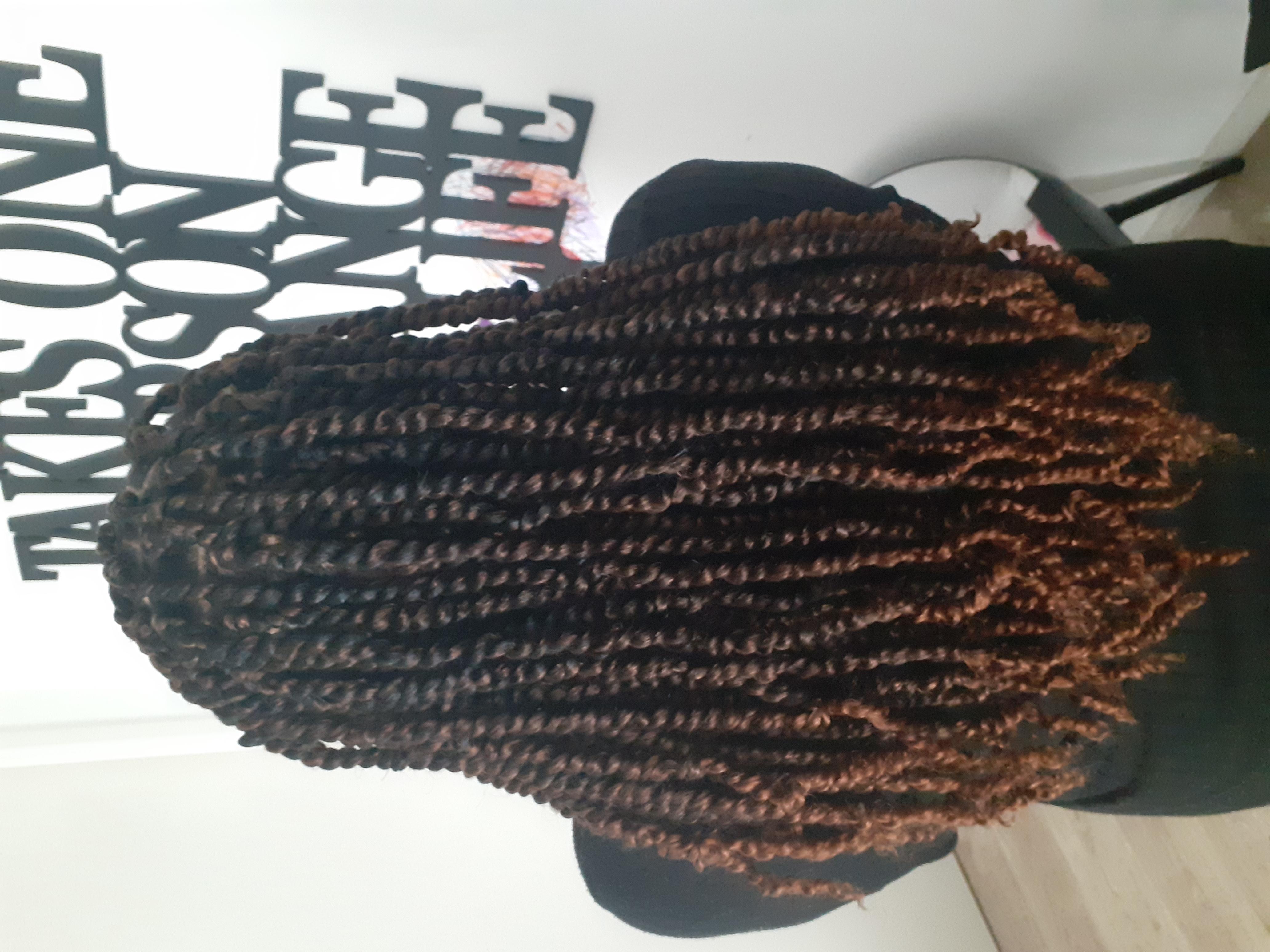 salon de coiffure afro tresse tresses box braids crochet braids vanilles tissages paris 75 77 78 91 92 93 94 95 DBLBXFPK