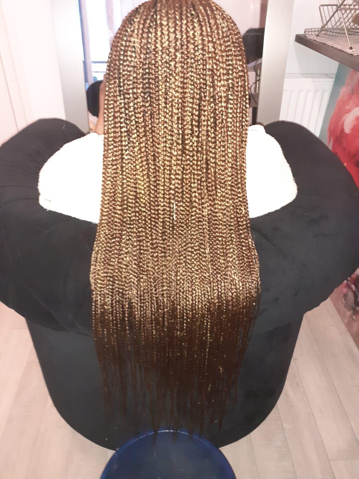 salon de coiffure afro tresse tresses box braids crochet braids vanilles tissages paris 75 77 78 91 92 93 94 95 EJMCVQCY