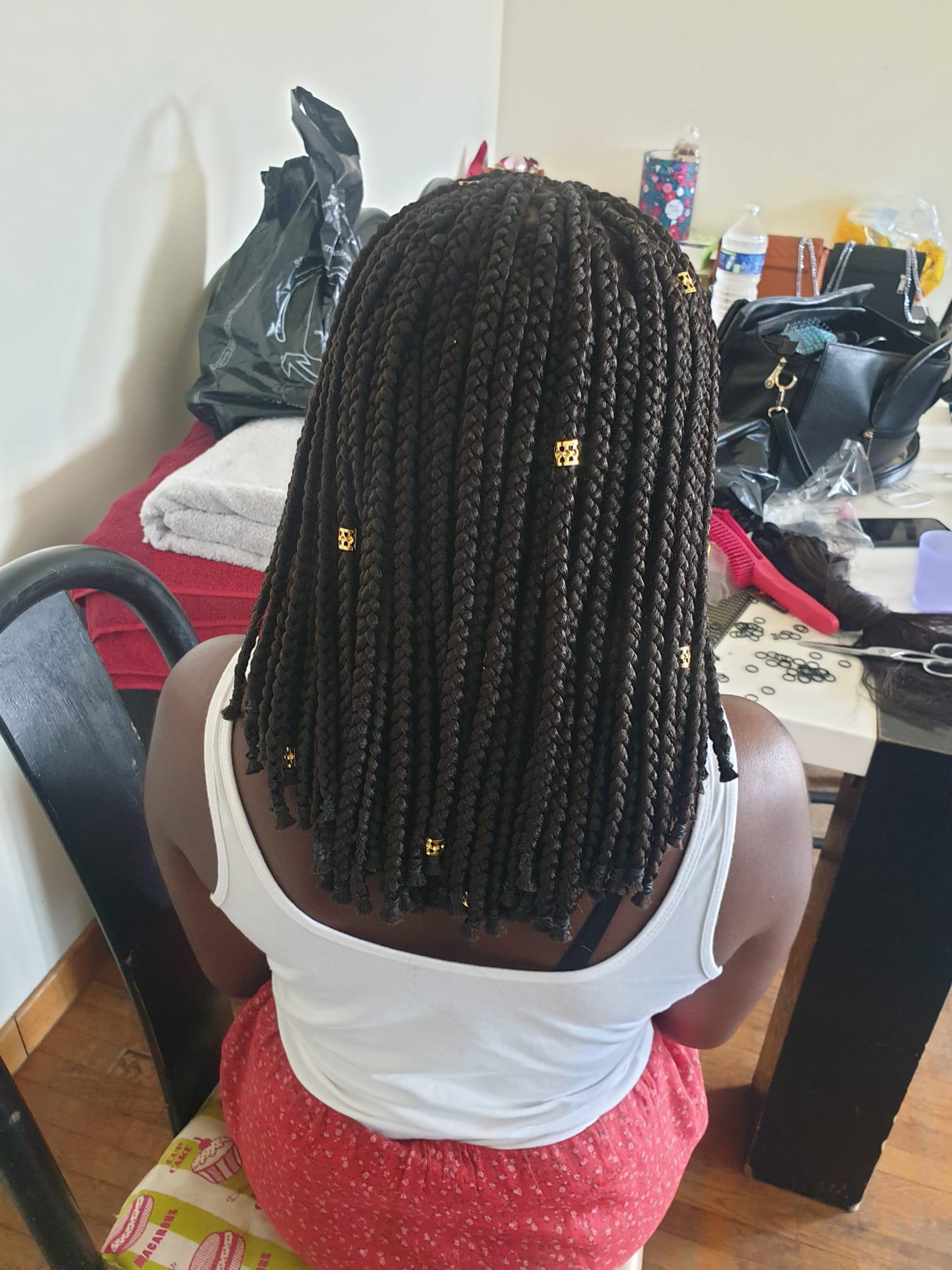 salon de coiffure afro tresse tresses box braids crochet braids vanilles tissages paris 75 77 78 91 92 93 94 95 ONGKRSGR