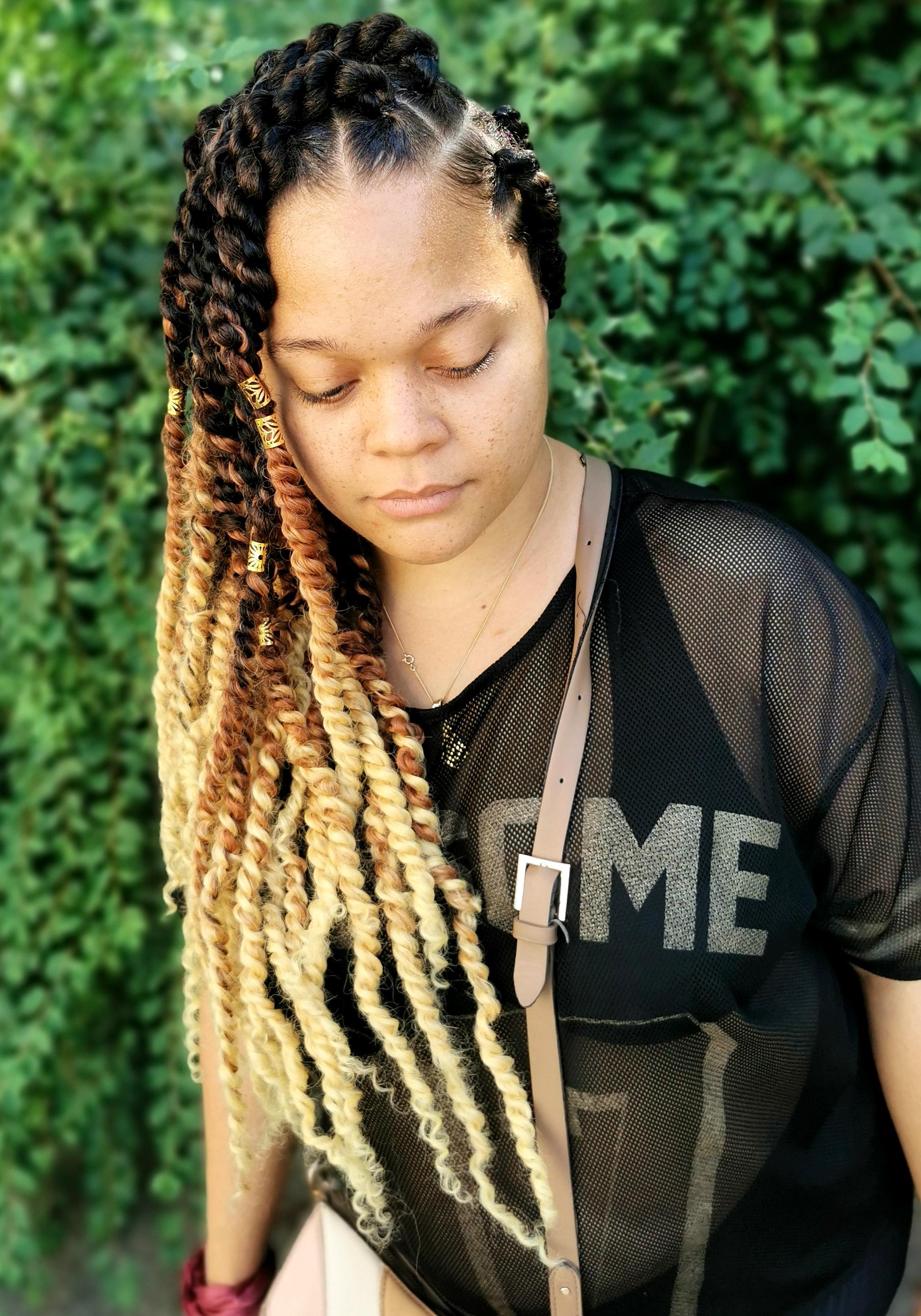 salon de coiffure afro tresse tresses box braids crochet braids vanilles tissages paris 75 77 78 91 92 93 94 95 AVORLSLR