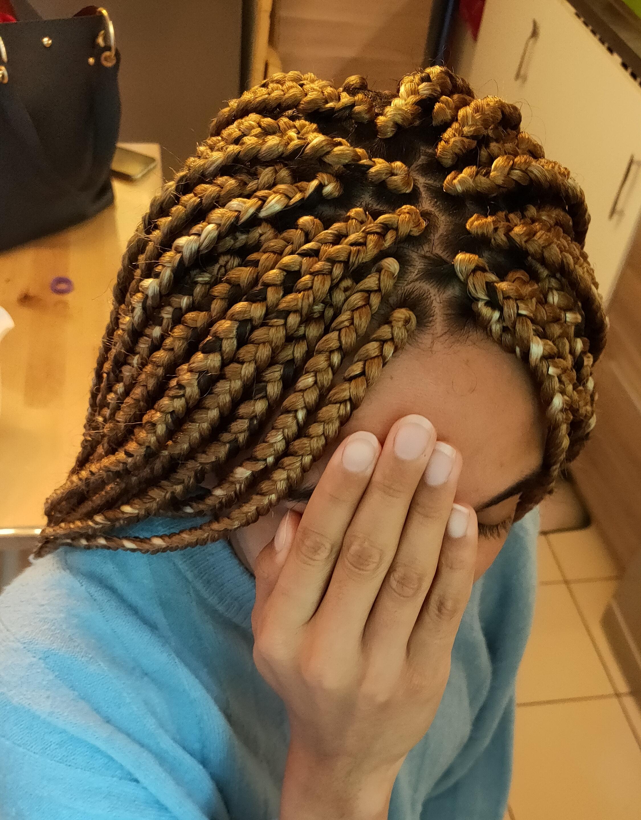 salon de coiffure afro tresse tresses box braids crochet braids vanilles tissages paris 75 77 78 91 92 93 94 95 DLUPJBWE