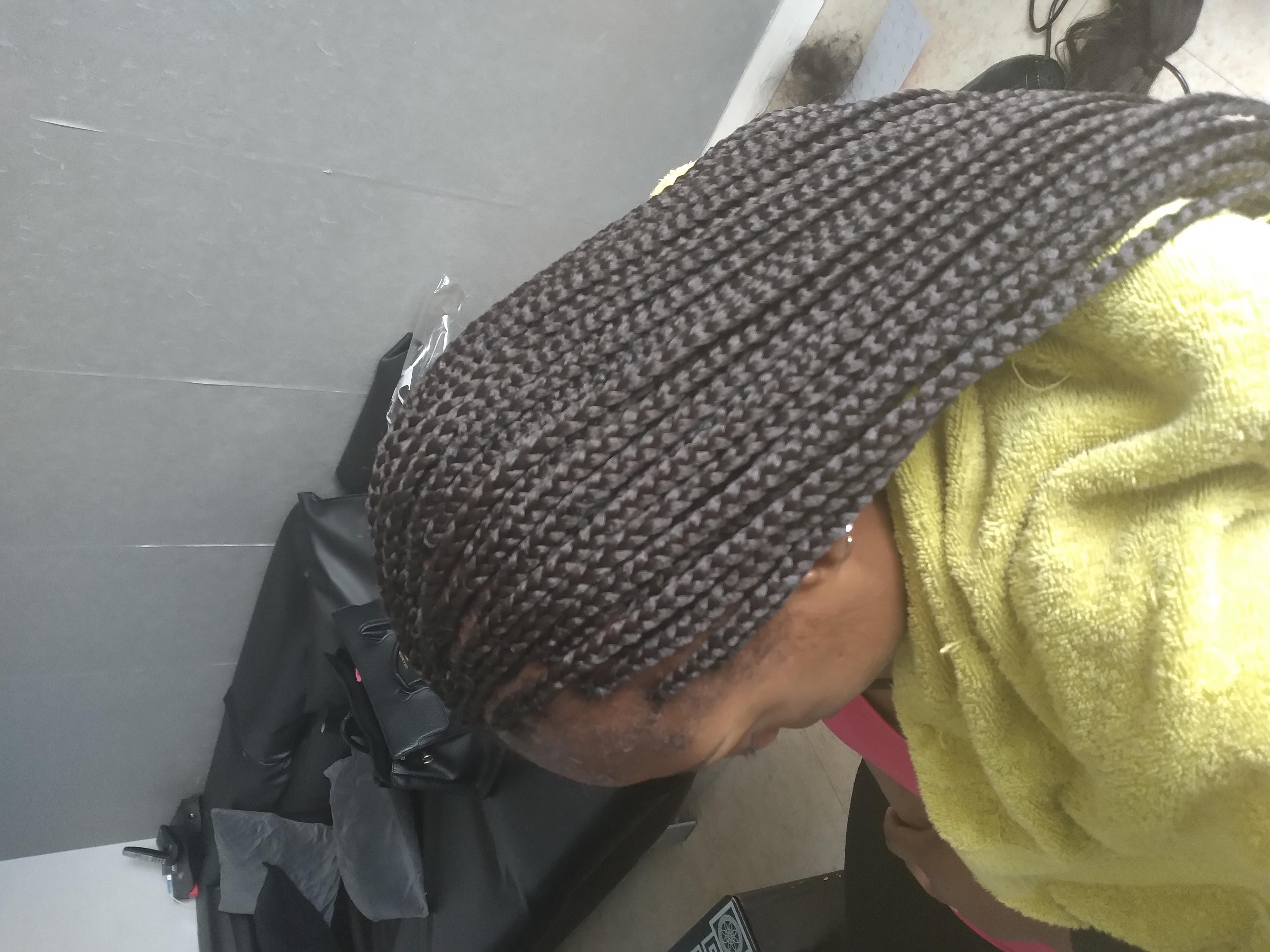 salon de coiffure afro tresse tresses box braids crochet braids vanilles tissages paris 75 77 78 91 92 93 94 95 JBXWZAHT