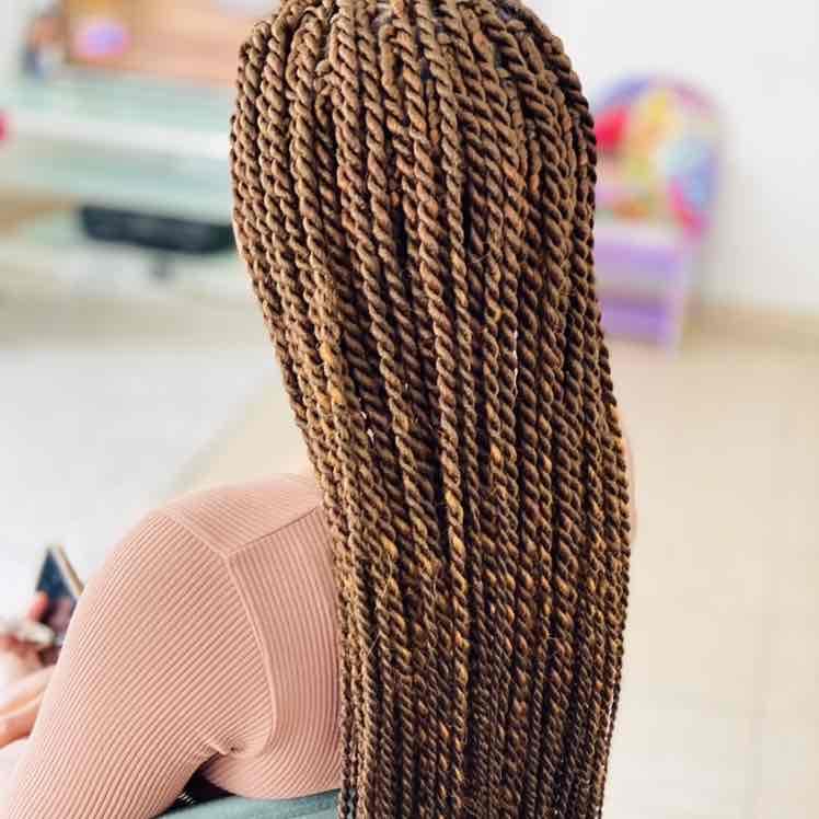 salon de coiffure afro tresse tresses box braids crochet braids vanilles tissages paris 75 77 78 91 92 93 94 95 CVPUFPRI
