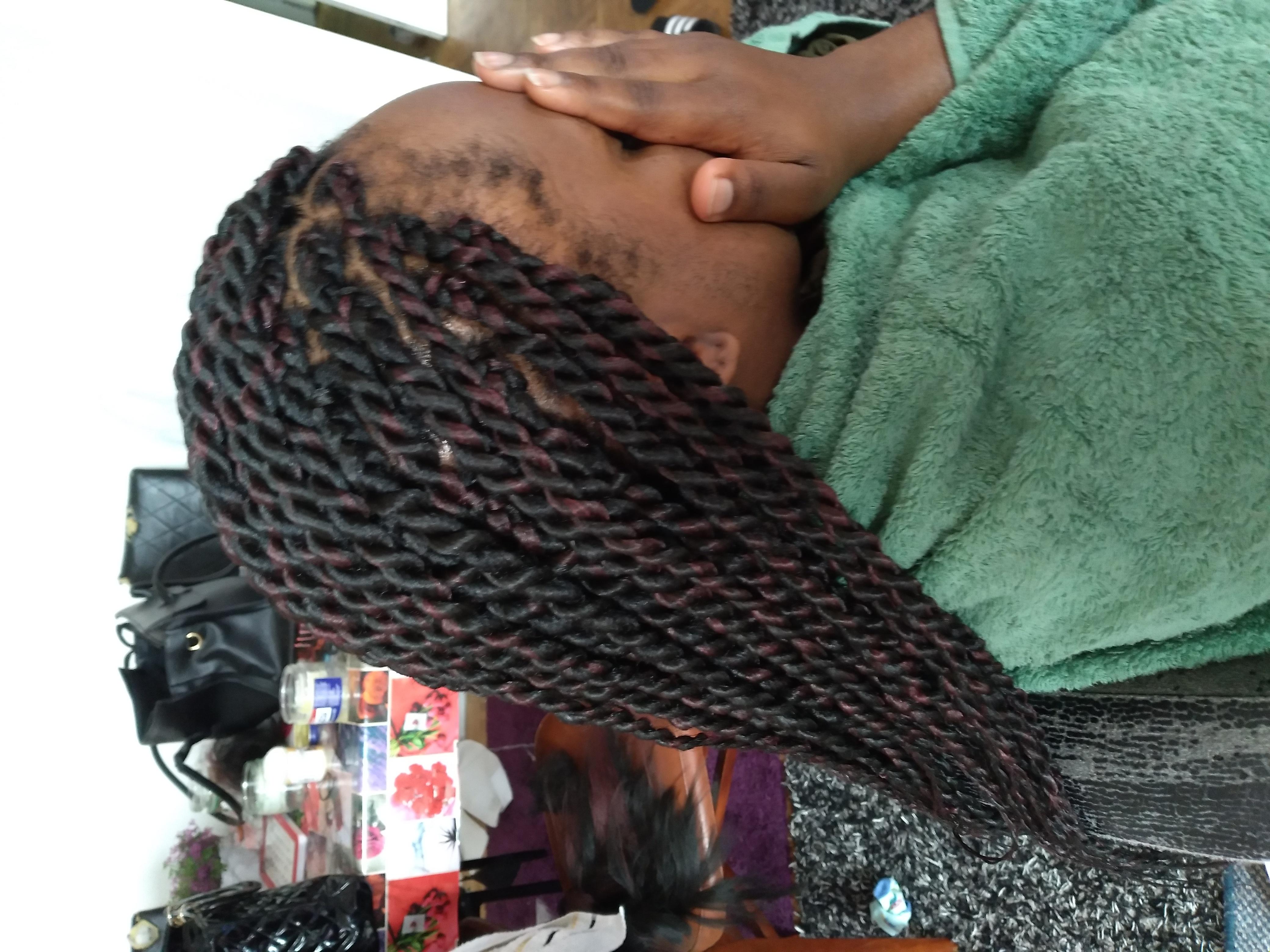 salon de coiffure afro tresse tresses box braids crochet braids vanilles tissages paris 75 77 78 91 92 93 94 95 XGMEHPKA