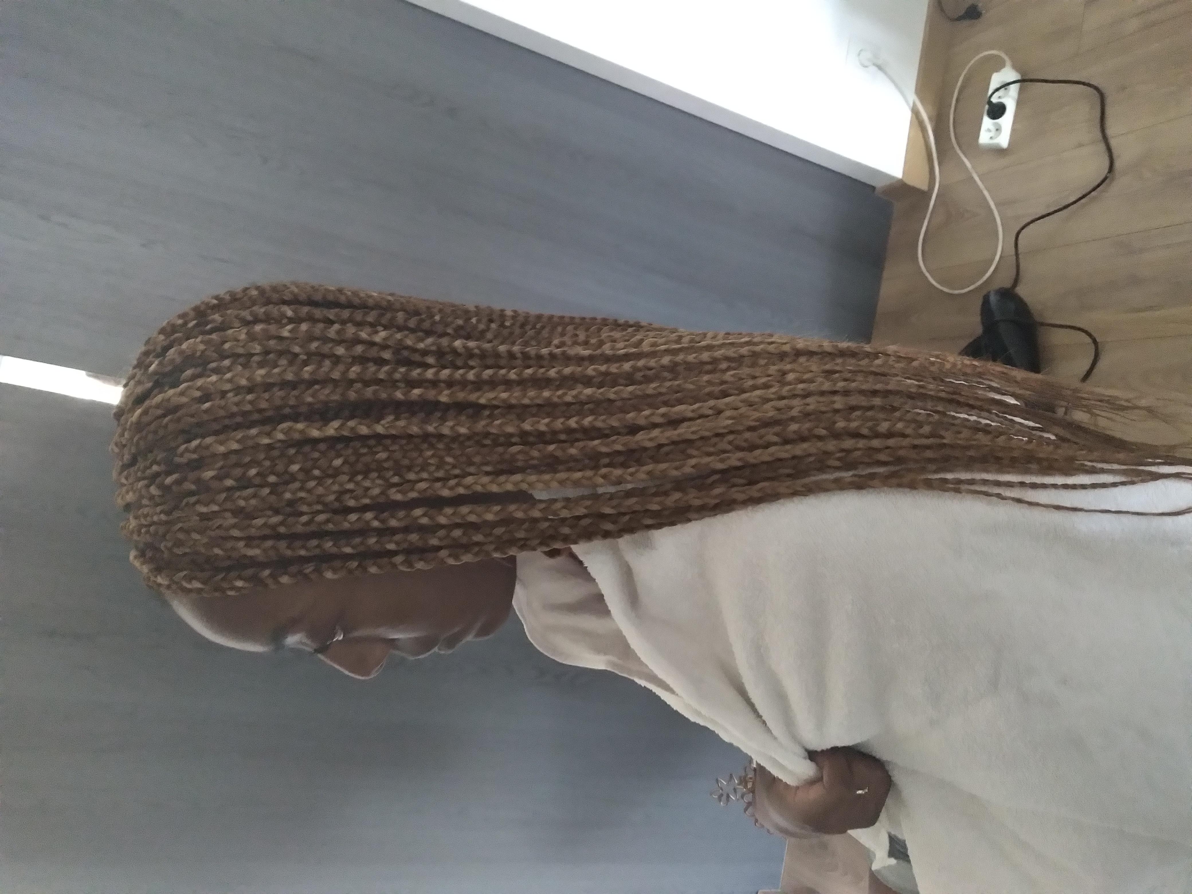 salon de coiffure afro tresse tresses box braids crochet braids vanilles tissages paris 75 77 78 91 92 93 94 95 EFQSGLKK