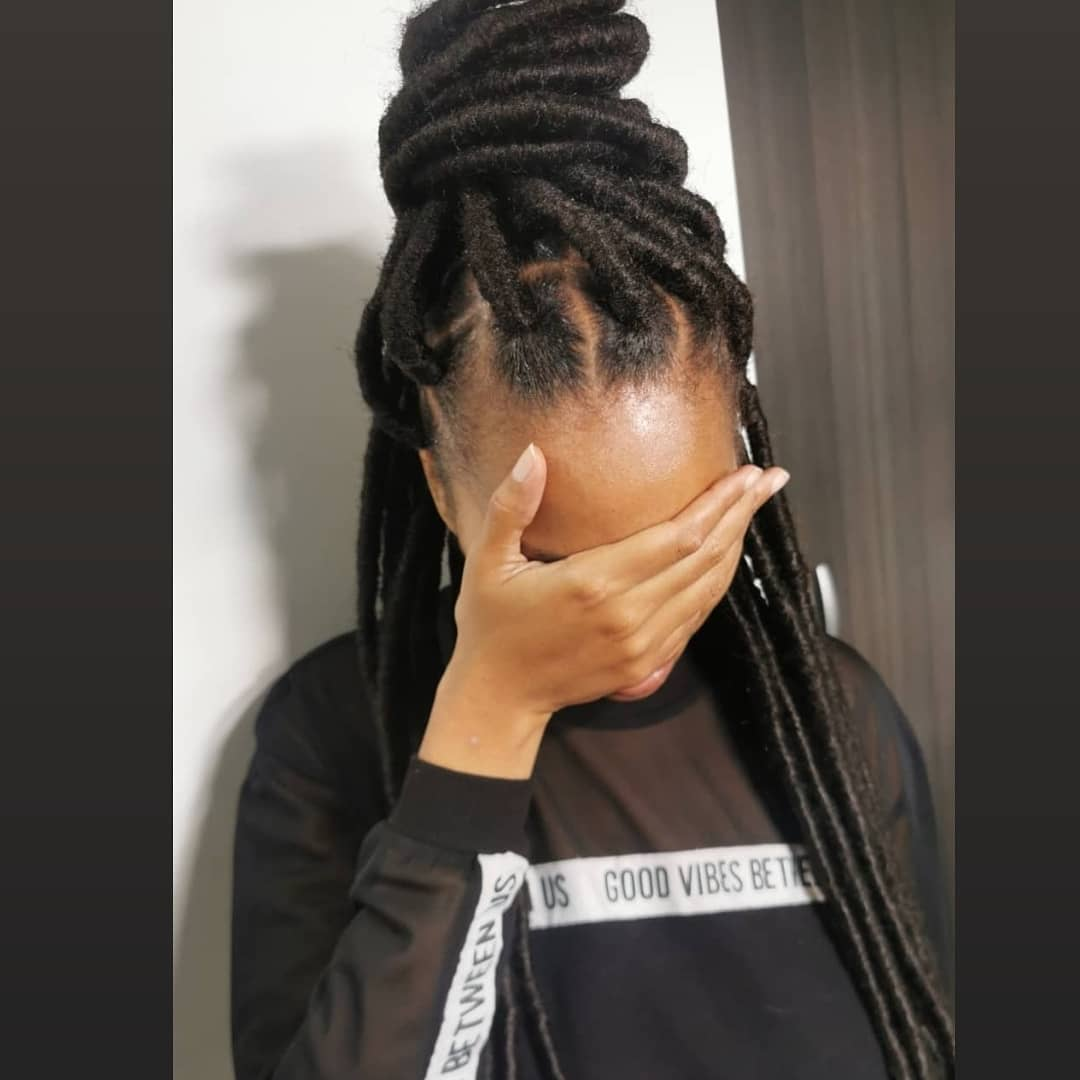 salon de coiffure afro tresse tresses box braids crochet braids vanilles tissages paris 75 77 78 91 92 93 94 95 CQIIJHPB