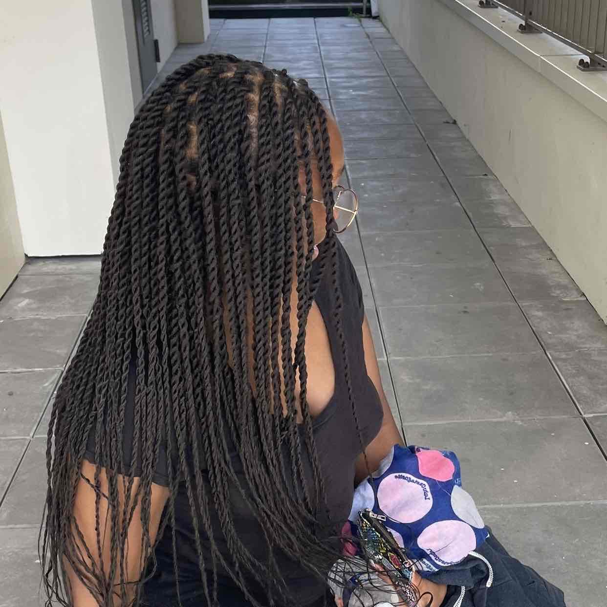 salon de coiffure afro tresse tresses box braids crochet braids vanilles tissages paris 75 77 78 91 92 93 94 95 UGAMFGED