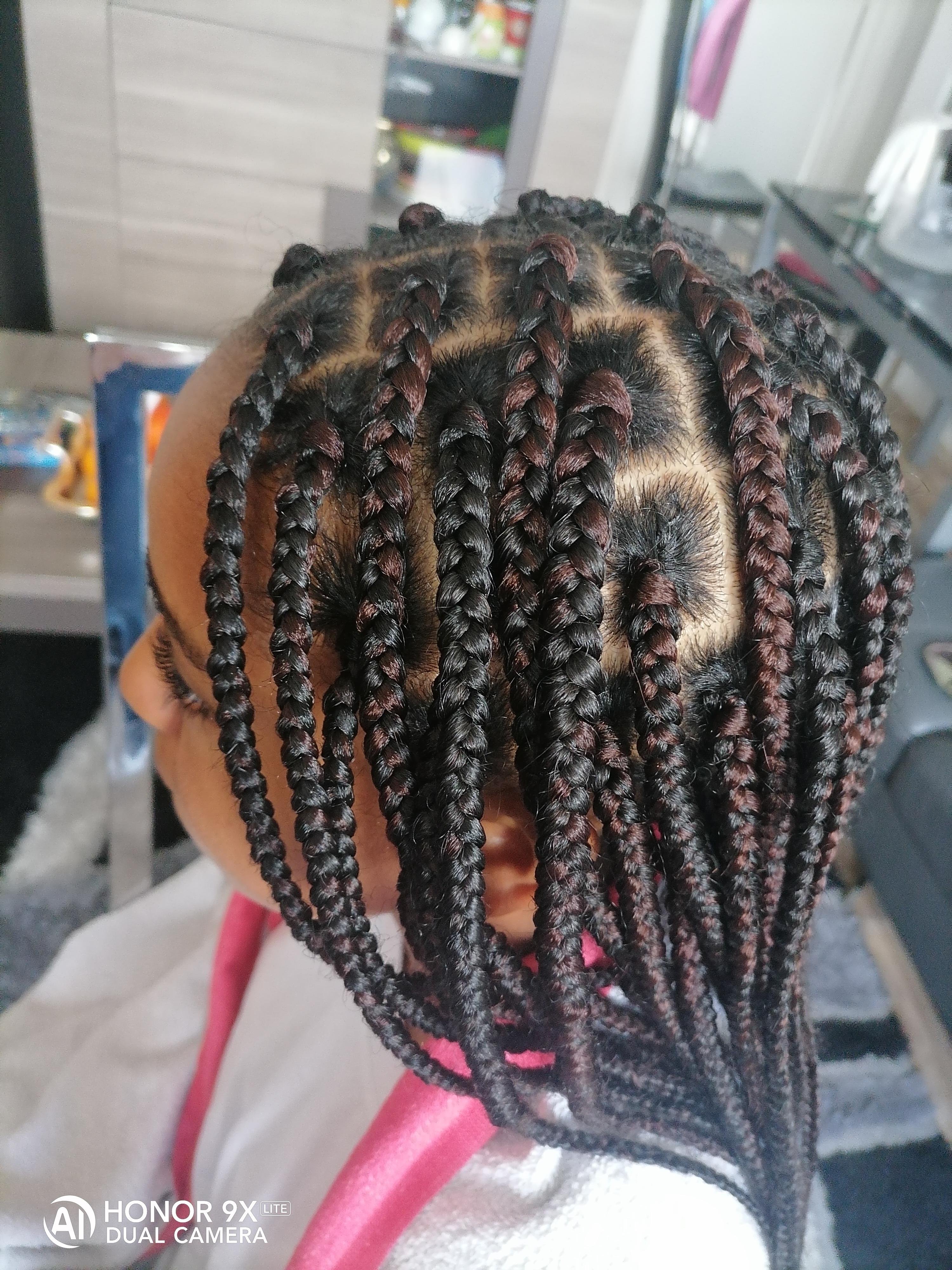 salon de coiffure afro tresse tresses box braids crochet braids vanilles tissages paris 75 77 78 91 92 93 94 95 FNQRMLDC