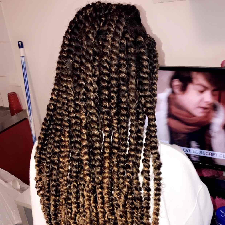salon de coiffure afro tresse tresses box braids crochet braids vanilles tissages paris 75 77 78 91 92 93 94 95 FSUIQSNY