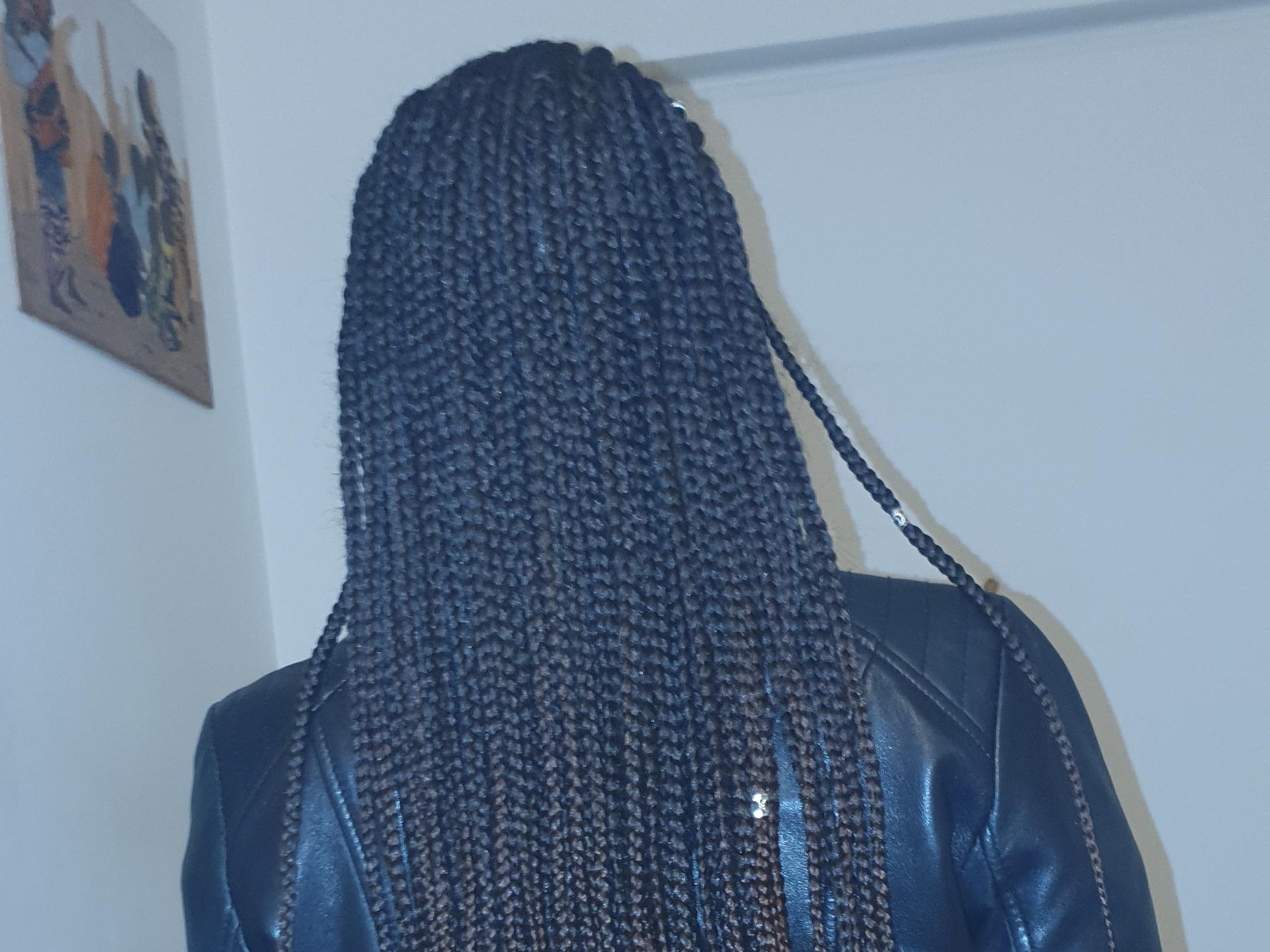 salon de coiffure afro tresse tresses box braids crochet braids vanilles tissages paris 75 77 78 91 92 93 94 95 HKABZIAM