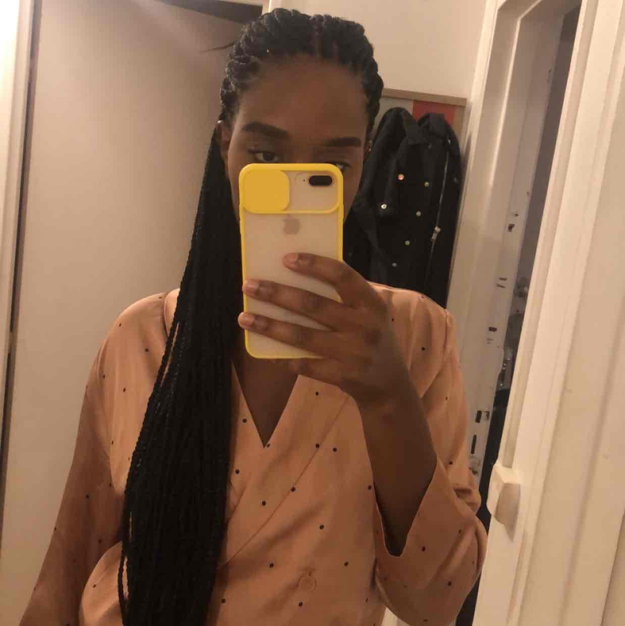 salon de coiffure afro tresse tresses box braids crochet braids vanilles tissages paris 75 77 78 91 92 93 94 95 OUFVNQII