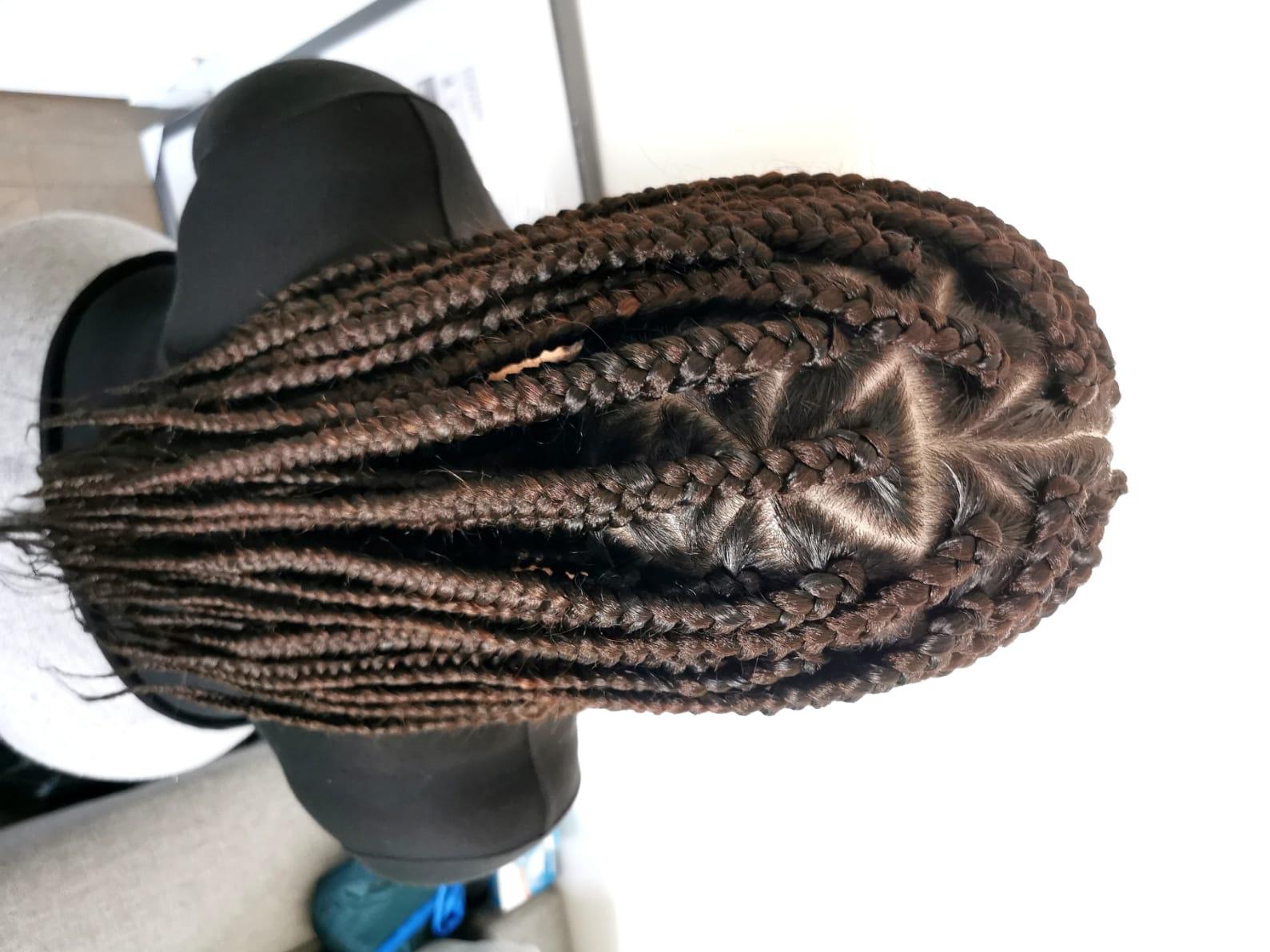 salon de coiffure afro tresse tresses box braids crochet braids vanilles tissages paris 75 77 78 91 92 93 94 95 AIWZZXCC