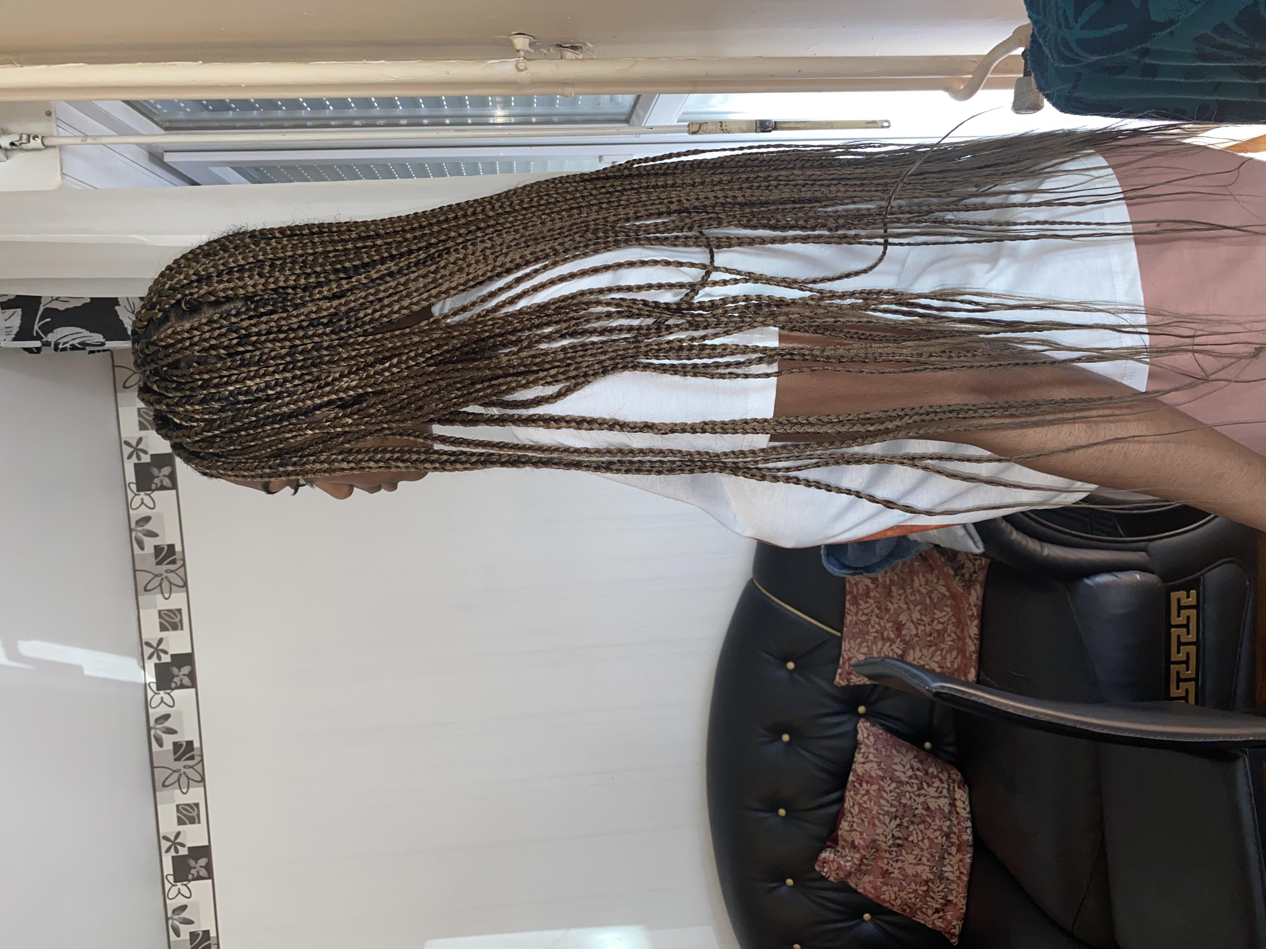 salon de coiffure afro tresse tresses box braids crochet braids vanilles tissages paris 75 77 78 91 92 93 94 95 MDOMXADD