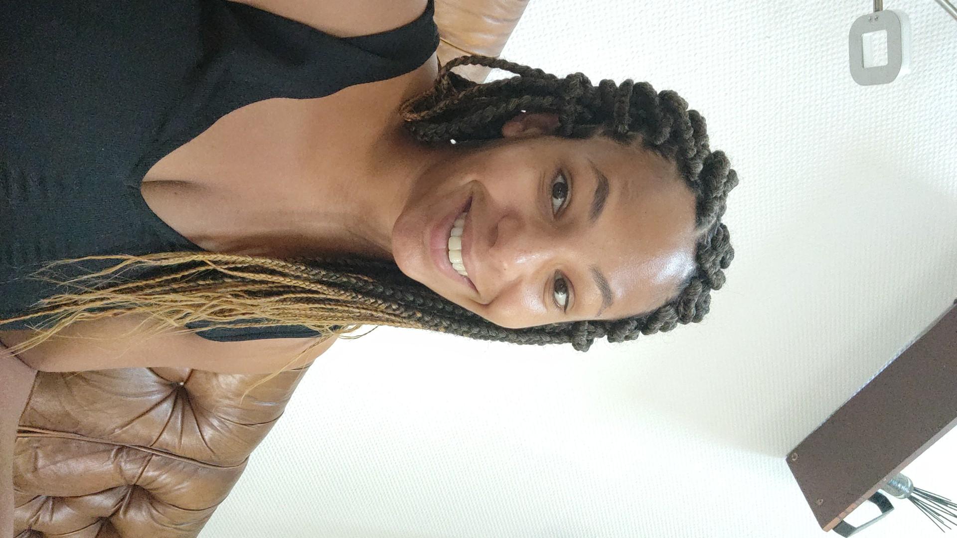salon de coiffure afro tresse tresses box braids crochet braids vanilles tissages paris 75 77 78 91 92 93 94 95 VLZAUDKB