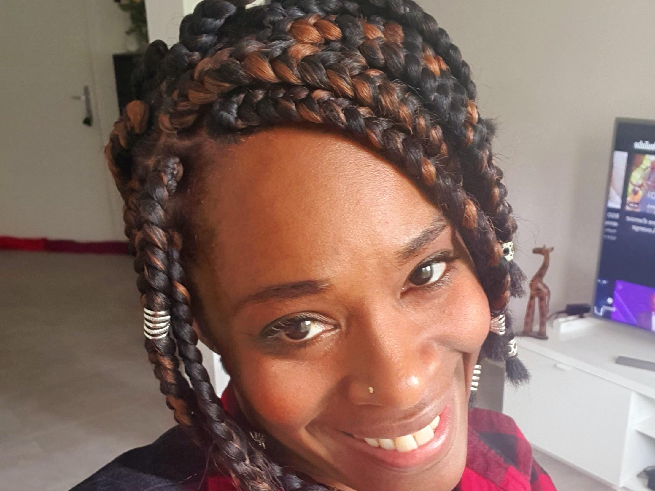 salon de coiffure afro tresse tresses box braids crochet braids vanilles tissages paris 75 77 78 91 92 93 94 95 XITSUUYO