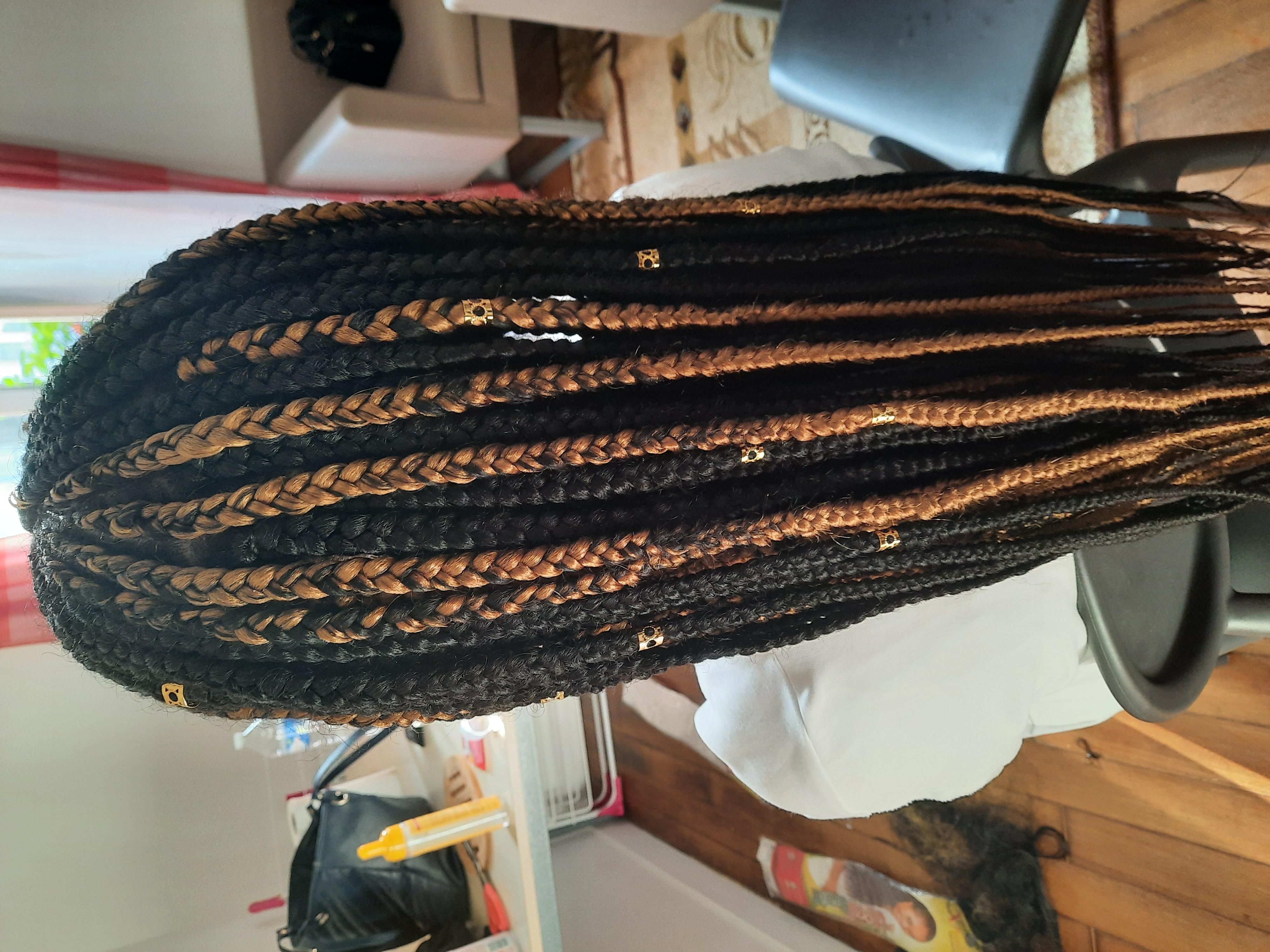 salon de coiffure afro tresse tresses box braids crochet braids vanilles tissages paris 75 77 78 91 92 93 94 95 LMEUFXZT