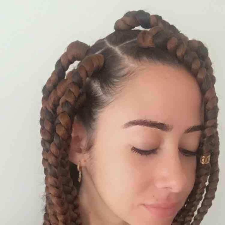 salon de coiffure afro tresse tresses box braids crochet braids vanilles tissages paris 75 77 78 91 92 93 94 95 GVRLJYCW