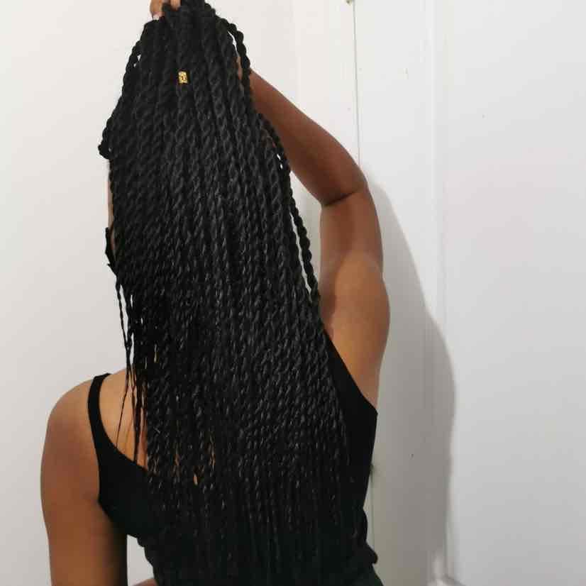 salon de coiffure afro tresse tresses box braids crochet braids vanilles tissages paris 75 77 78 91 92 93 94 95 CTMRRBSX