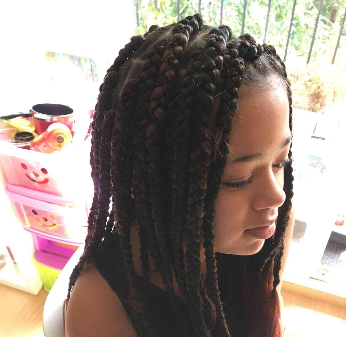 salon de coiffure afro tresse tresses box braids crochet braids vanilles tissages paris 75 77 78 91 92 93 94 95 KUJAGBAM
