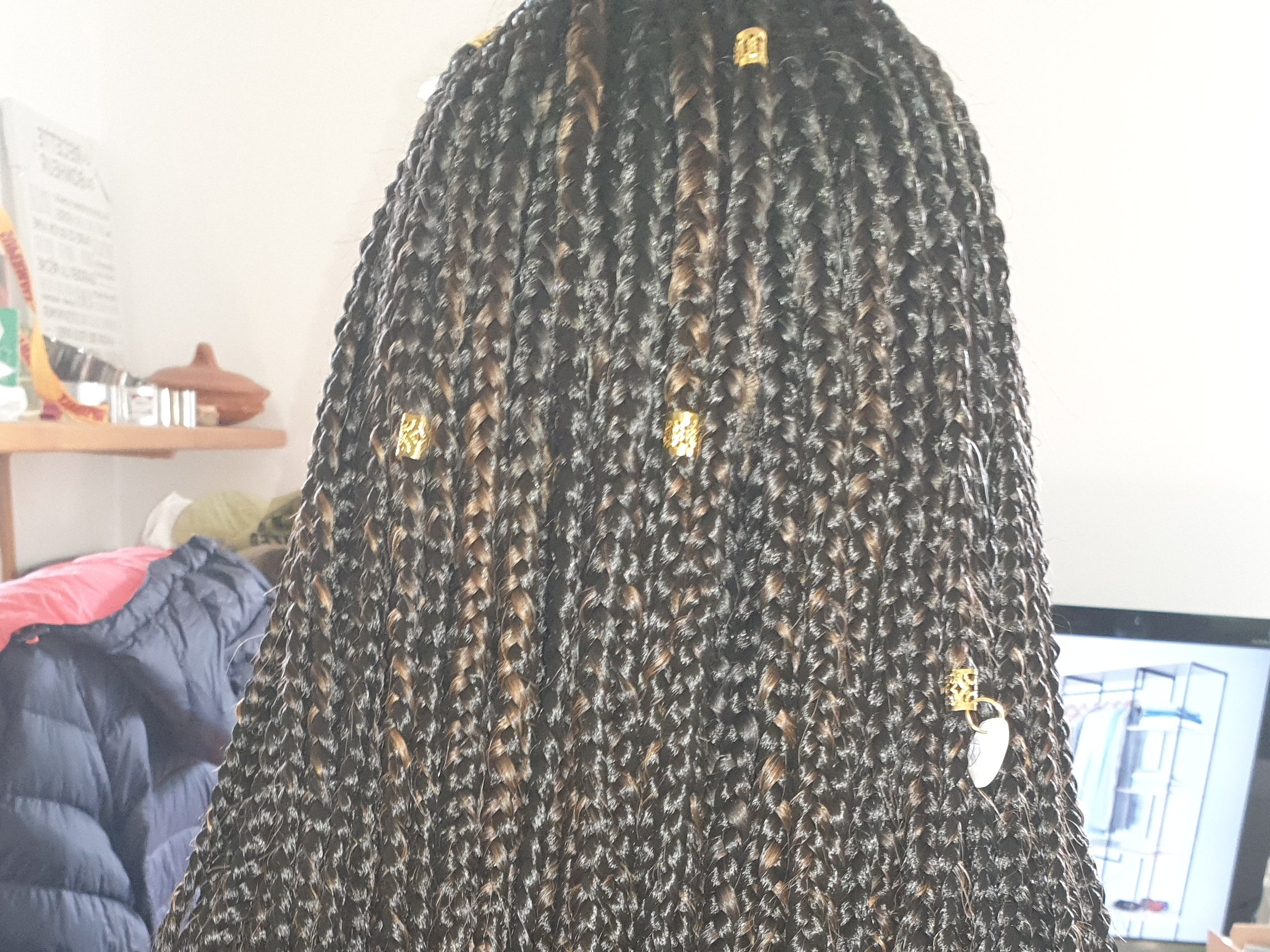 salon de coiffure afro tresse tresses box braids crochet braids vanilles tissages paris 75 77 78 91 92 93 94 95 AJVAOTVE
