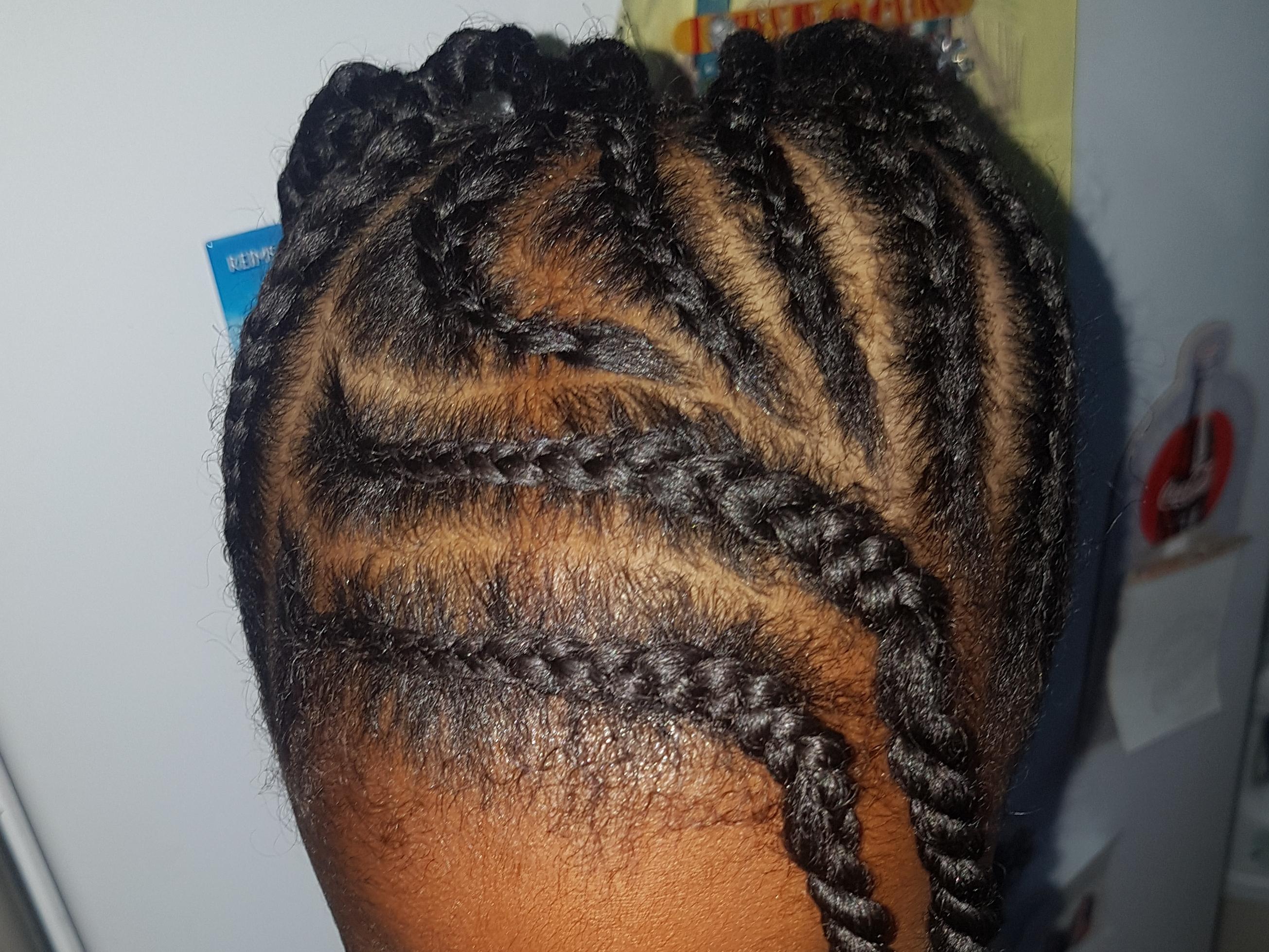 salon de coiffure afro tresse tresses box braids crochet braids vanilles tissages paris 75 77 78 91 92 93 94 95 KFEKRWMU