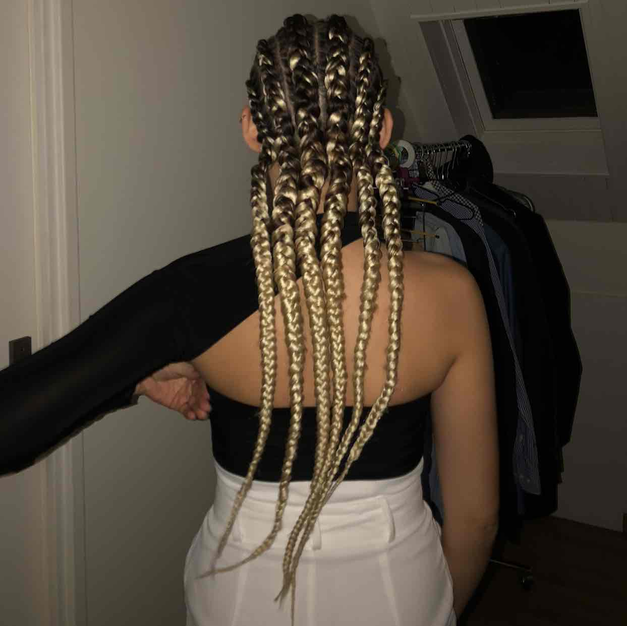 salon de coiffure afro tresse tresses box braids crochet braids vanilles tissages paris 75 77 78 91 92 93 94 95 JDBJFFBH