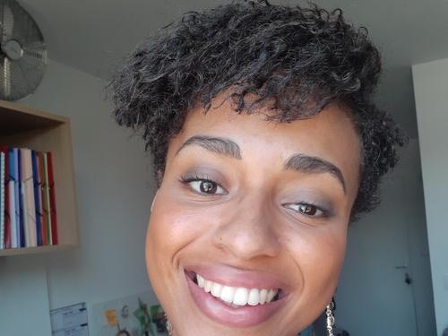 salon de coiffure afro tresse tresses box braids crochet braids vanilles tissages paris 75 77 78 91 92 93 94 95 KGGXGWCY